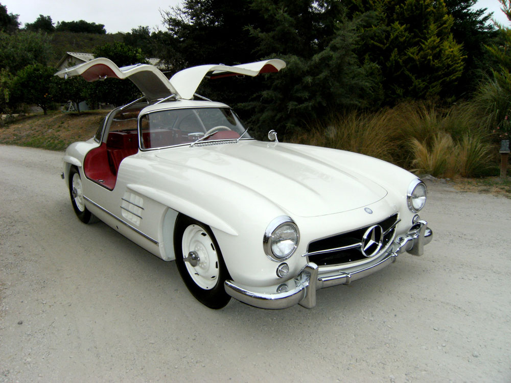 sold 1955 mercedes benz 300 sl gullwing scott grundfor company classic collectible. Black Bedroom Furniture Sets. Home Design Ideas