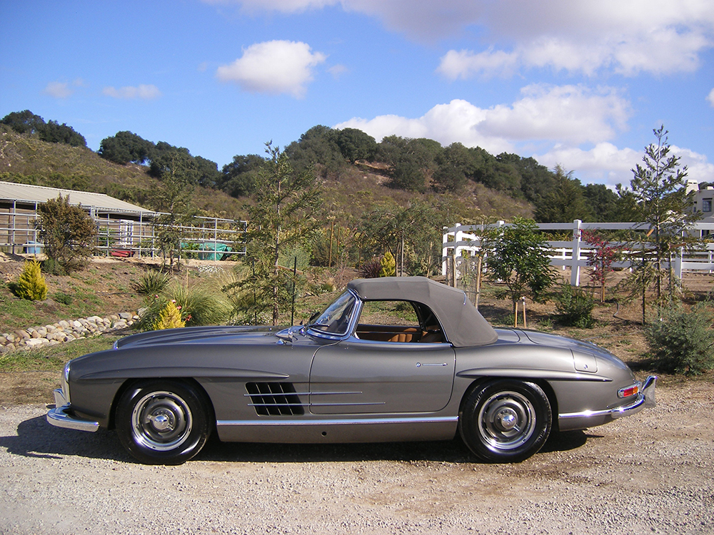 SOLD: 1957 Mercedes-Benz 300SL Roadster - Scott Grundfor Company ...