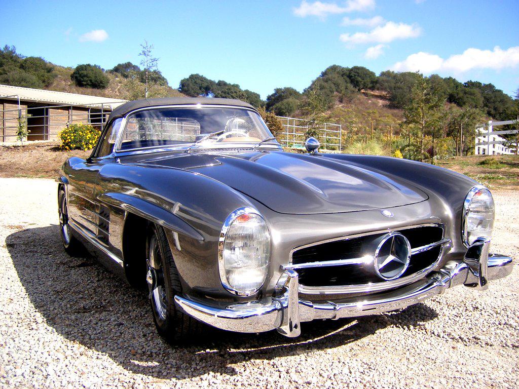 Sold 1957 mercedes benz 300sl roadster scott grundfor for Mercedes benz classics for sale
