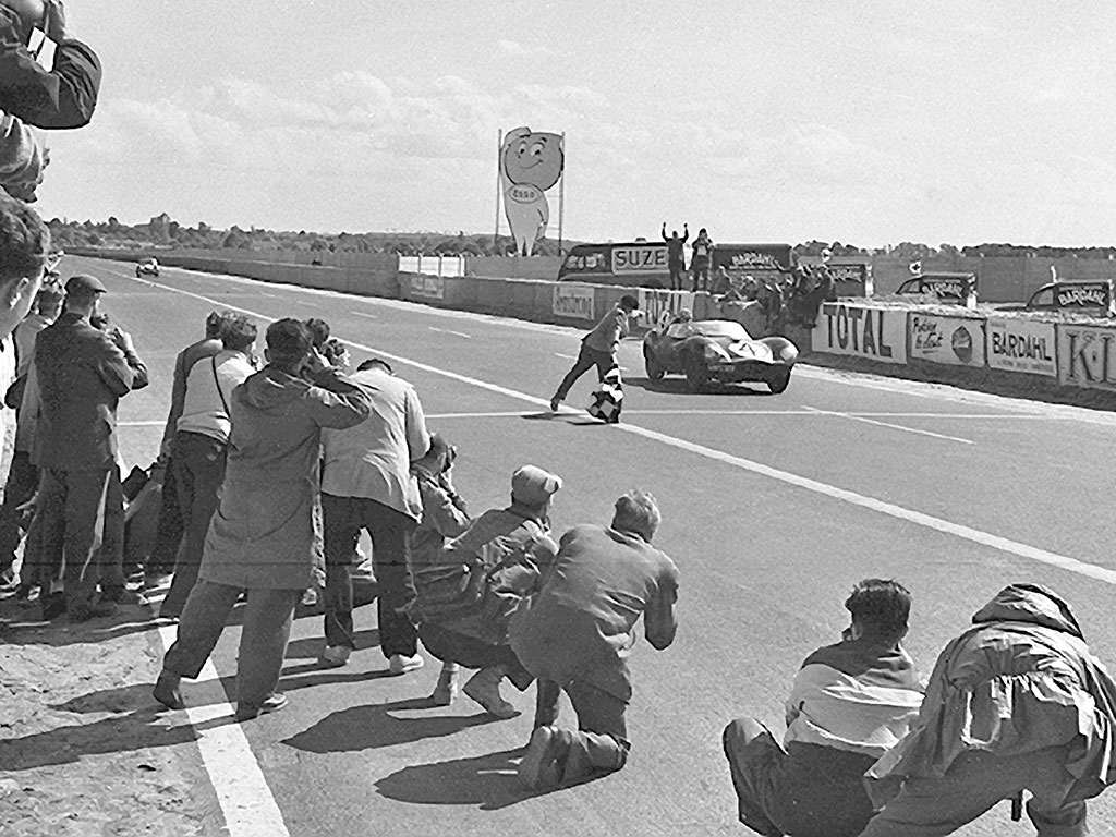 ABOVE: XKD 501 takes the checkered flag at the 1956 Le Mans 24 Hours. Photo courtesy of the Klemantaski Collection.
