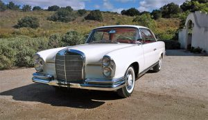 FOR SALE: 1961 Mercedes-Benz 220SEb Coupe
