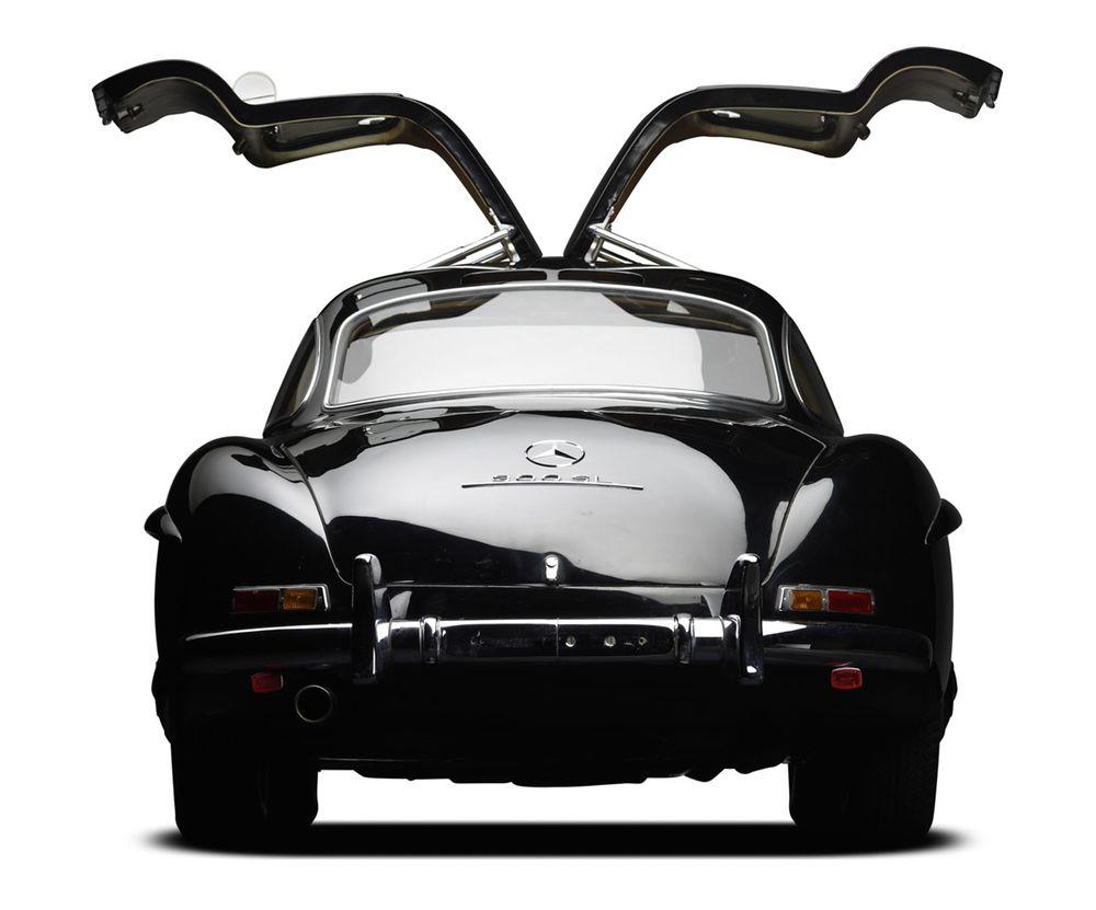Rear of Black 300 SL Gullwing