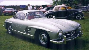 Mercedes 300SL Drives High on Collectors' Lists