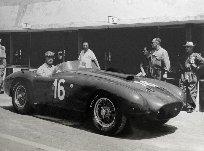 50 Ferrari 275s340