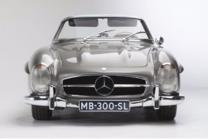 1961 Mercedes-Benz 300SL Sells at Artcurial Auction in Hong Kong