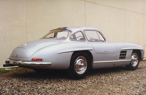 The Zero Mile Gullwing By Dennis Adler & Scott Grundfor