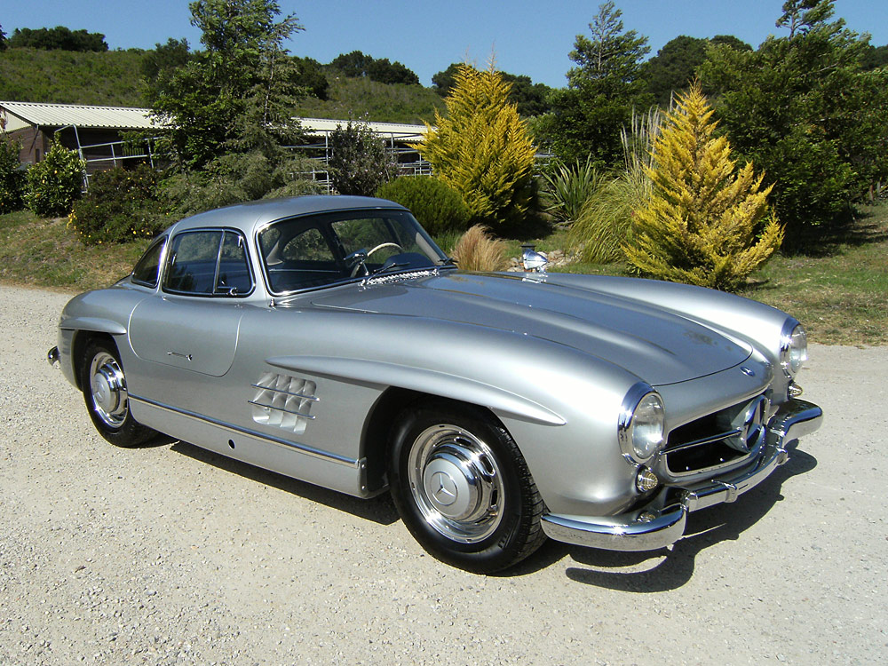 Sold 1955 mercedes benz gullwing scott grundfor company for Mercedes benz vintage cars