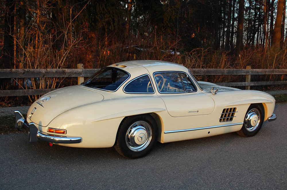 sold 1956 mercedes benz 300 sl gullwing scott grundfor company classic collectible mercedes. Black Bedroom Furniture Sets. Home Design Ideas