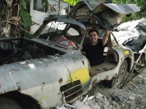 Miguel Llorente with the lost Cuban Gullwing