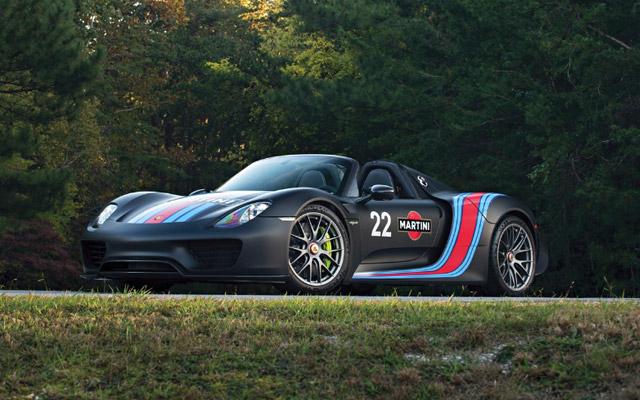 2015 Porsche 918 'Weissach' Spyder